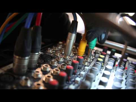 Прокатная компания SOUND PITER. Аренда звука и света в Питере. Техническое обеспечение мероприятий.
