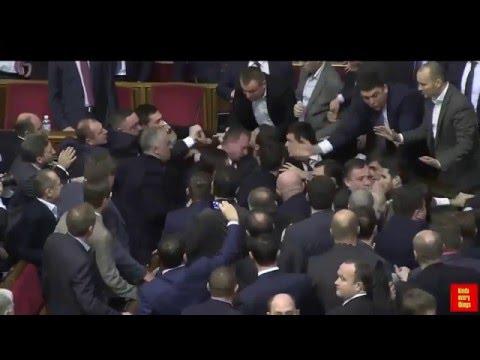 Ukraine Fight in Parliament   Prime Minister Arseny Yatsenyuk vs Oleg Barna - DEC 2015