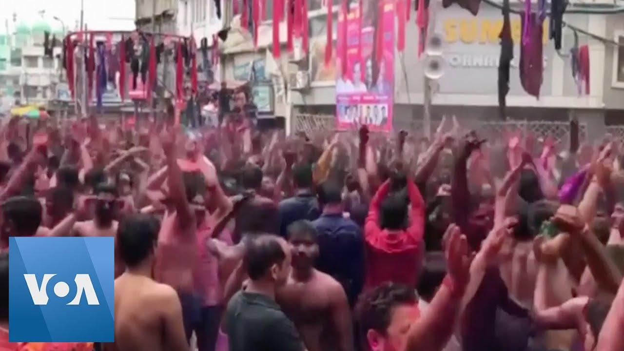 India's Holi festival subdued over coronavirus fears