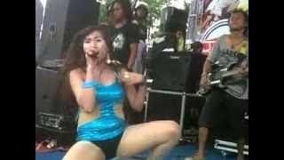 MONATA Dangdut Koplo Hot Ngidam Pentol 2015