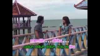 BEDA USIA Lilin Herlina feat Muchtar Kelana