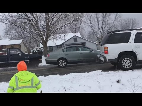 Thumbnail: Video Shows Car Pileups Allegedly Caused By Cable Guy's Carelessness
