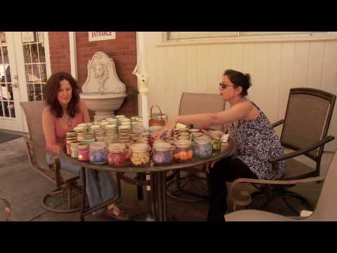 How to Make Soy Candles - Selling soy candles at CenterPointe, Houston, TX