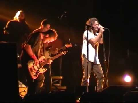 Pearl Jam- Marker In The Sand (Berlin 2006)