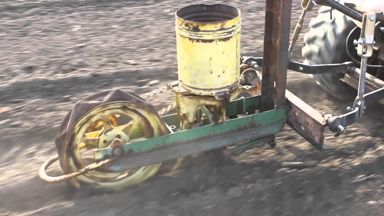 Bolens Ht 23 With Single Row Corn Planter Youtube