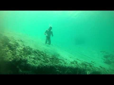 Marco Niutta plays Nery at Dean´s Blue Hole