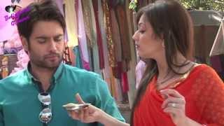 On location of TV Serial 'Madhubala'  RK & Madhu enjoying 'golgappas'