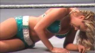 WWE RAW WrestleMania Revenge Tour 2012: Beth Phoenix vs. Kelly Kelly - WWE Divas Championship