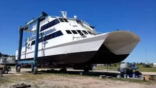 Video of Star Line Mackinac Island Hydro Jet Ferry Catamaran Mackinac Express making a splash in St