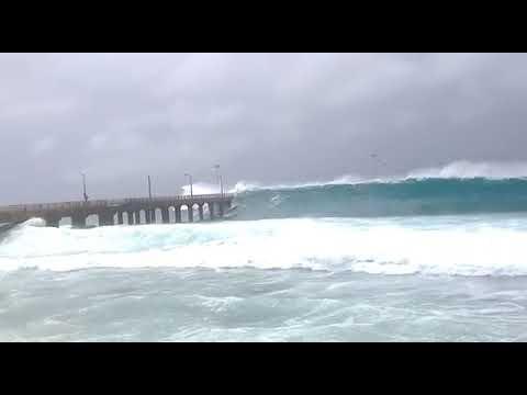 Worli Sea Link in High Tide