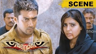 Surya Stunning Action Scene - Saves Samantha From Goons - Sikandar Movie Scenes
