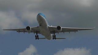 KLM A330-203 [PH-AOD] Overhead Landing at Edmonton Airport ᴴᴰ