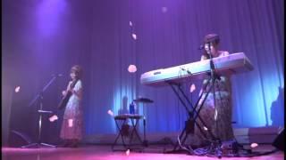 ピアノとギターで弾き語る 保育士デュオ「あまゆーず」 恋桜。 ワンマン...