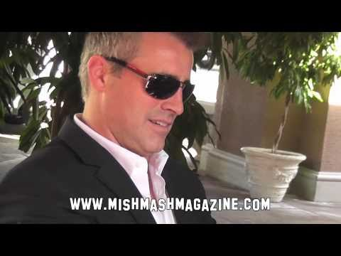 Matt LeBlanc Signs Autographs at 'Episodes' Press Day