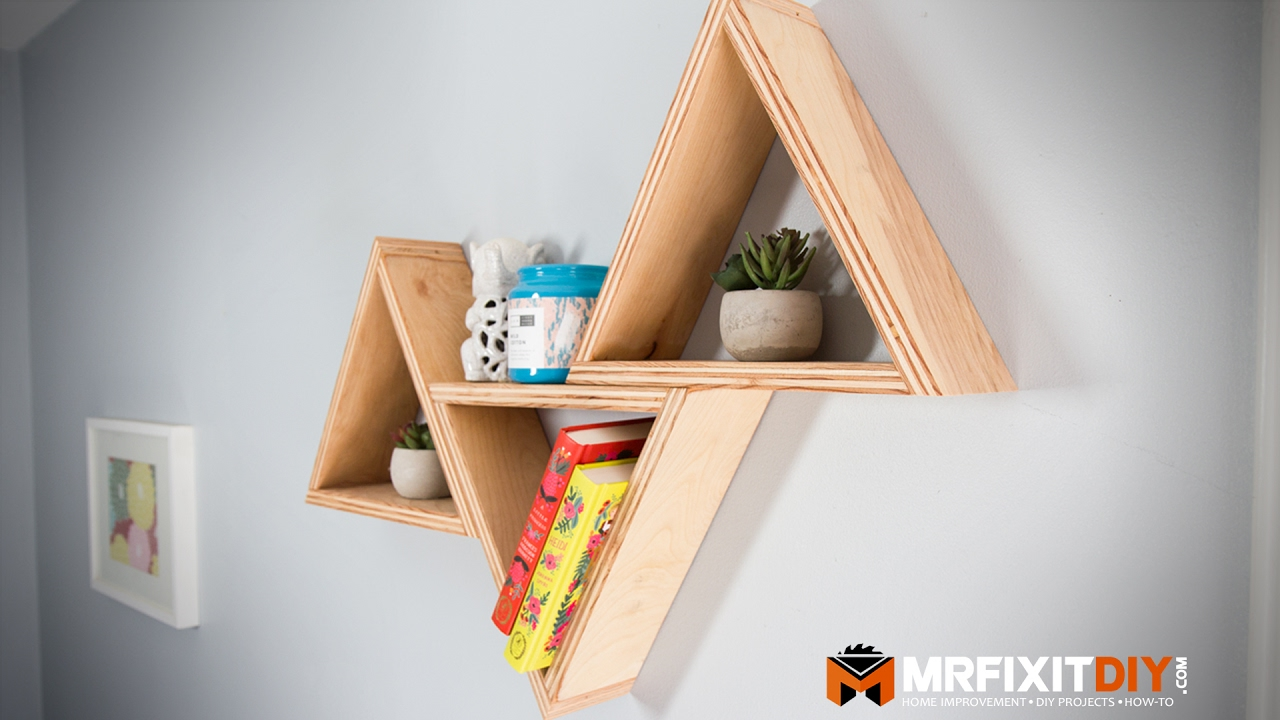 Diy triangle shelves less than 20 youtube for Mountain shelf diy