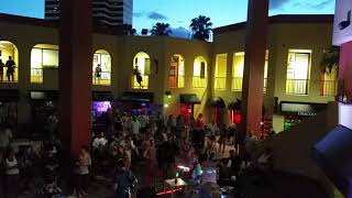 Saturday night live music in downtown St. Petersburg