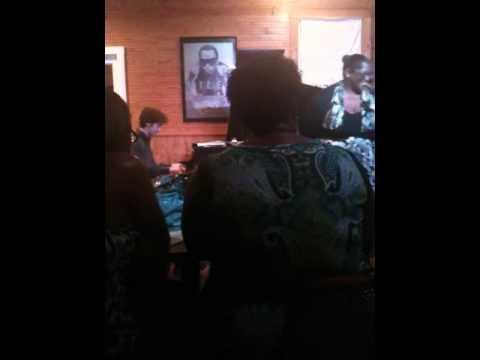 Avis Berry sings Route 66