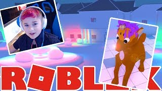 THE NEIGHBORHOOD OF ROBLOXIA IN ROBLOX | ❄️ I'M RUDOLPH!