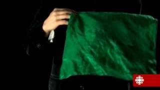 flushyoutube.com-Tour de magie - Le couteau au travers du foulard