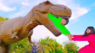 Ali and Adriana Pretend Play in the childrens Dinosaur Park Family Fun Adventure