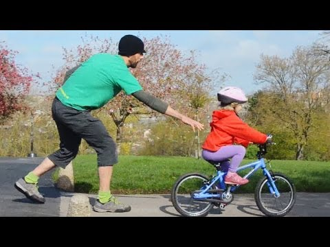 Teaching Child To Ride Without Stabilisers