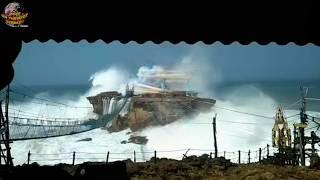 Download Video Merinding!! Penampakan OMBAK 8 Meter Pantai Selatan Terekam Kamera Pengunjung Pantai.... MP3 3GP MP4