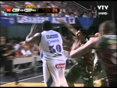 Michael Sweetney - (Atletico Biguá) - 02-17-2011
