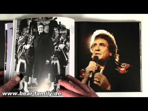 Johnny Cash In Words, Pictures, And Music (including CD)