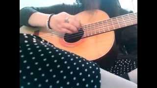 Con Kênh Xanh Xanh Cover Guitar