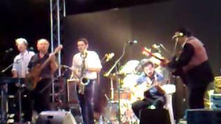 Dennis & The Jets - Desperado (instrumental)