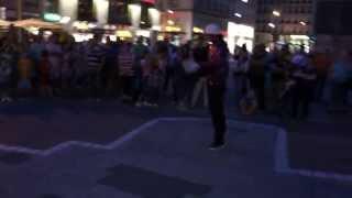 """MIROSLAV """"BRUISE"""" ZILKA - VIENNA EVENING STREET SHOW 2011"""