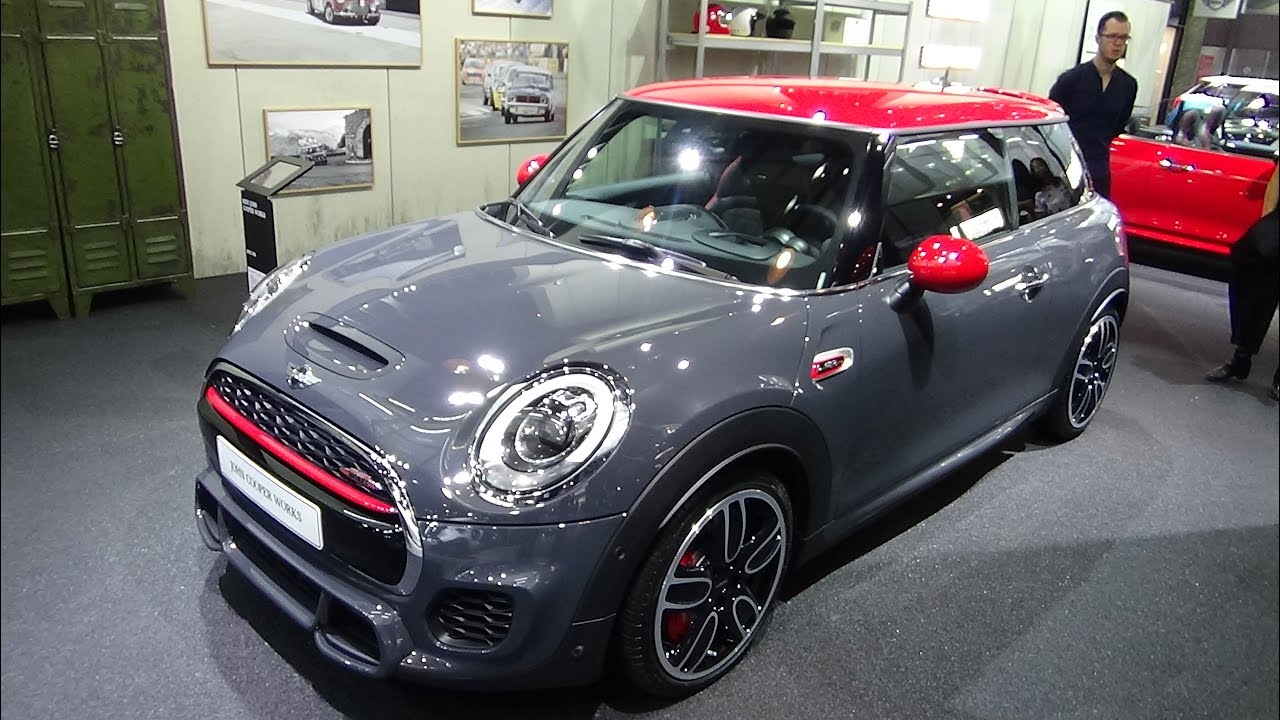 2017 mini john cooper works hatch exterior and interior paris auto show 2016 youtube. Black Bedroom Furniture Sets. Home Design Ideas