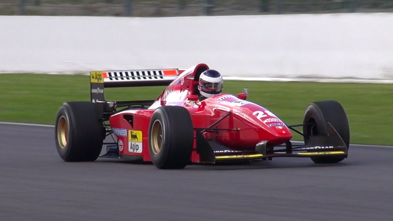 FERRARI F187 1987 Gerhard BERGER F1 FORMULE 1 N28 rouge
