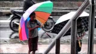 Gambar cover Rythrm Of The Rain - Johan Untung