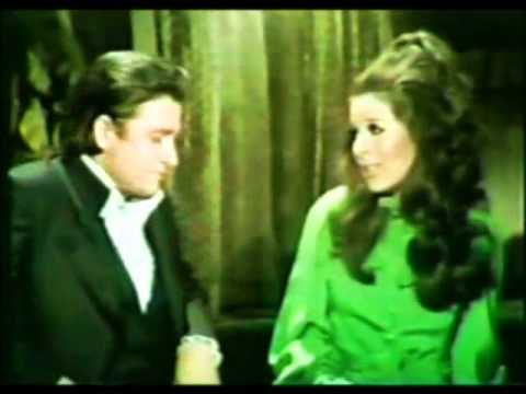 Johnny Cash & Bobby Gentry - On The Byou