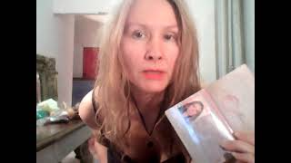 На видео Я Татиана Салмановна Мактум Сайфуддин Tatiana Salmanovna Maktoum Saifuddin