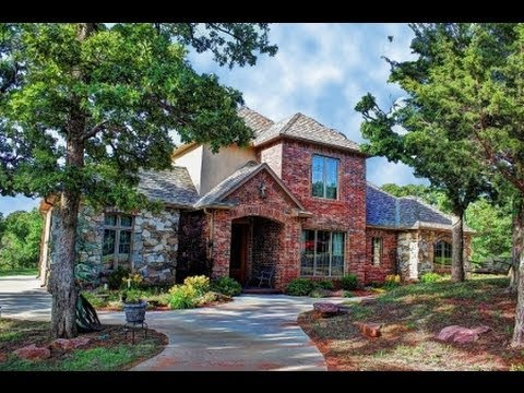 Lakefront Country Estate on 35ac for Sale in Oklahoma City Metro