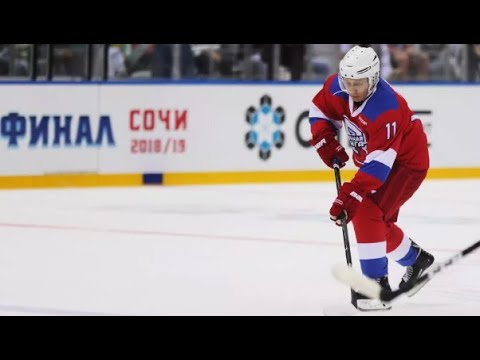 Vladimir Putin Scores 8 Goals In Ice Hockey Game Cctv English Youtube