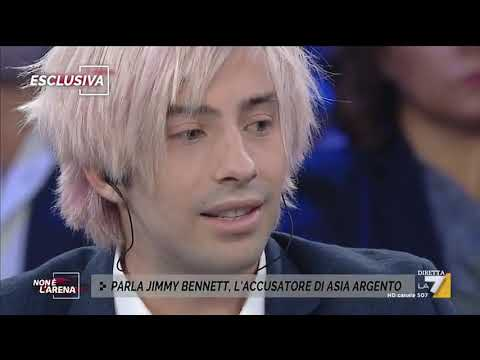 Jimmy Bennet: 'Asia Argento ha iniziato a baciarmi'