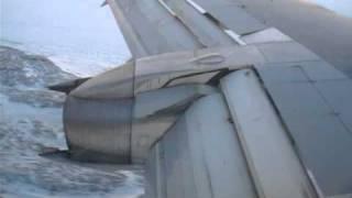 737 landing at Rankin Inlet, Nunavut