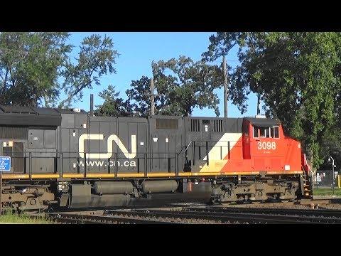 CN 3098 & 3040 North (ET44AC
