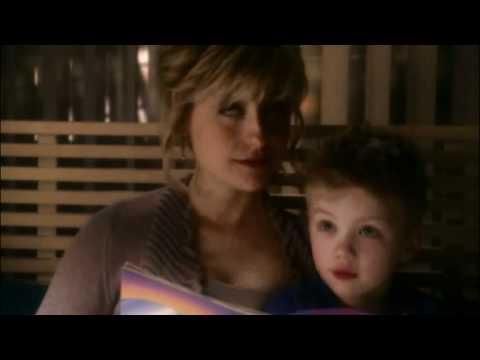 Smallville Season 10 - Finale (Chloe Reads Comic Book)