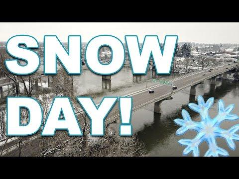 Snow Day in Salem, Oregon (Drone Snow Footage)