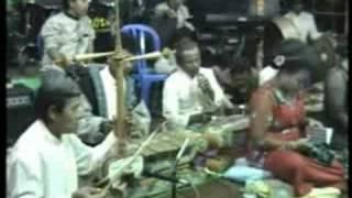 Jaipong-Buah kawung