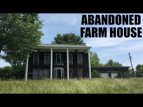 Creepy Abandoned Farmhouse | Front door wide open | Ohio Urbex