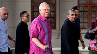 Najib lends his support to Zahid