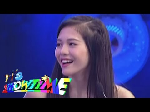 Janella and Vice in a singing showdown