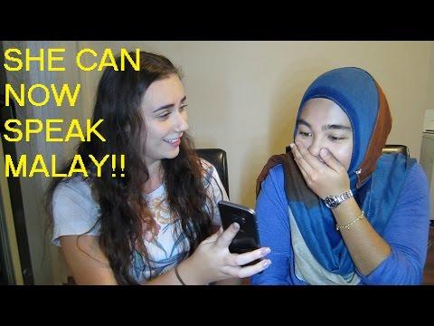 TEACHING MY AUSSIE FRIEND MALAY!!