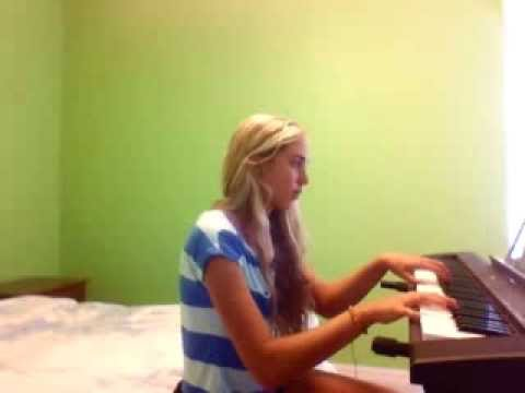 The Hunger Games - Deep in the Meadow (Piano)