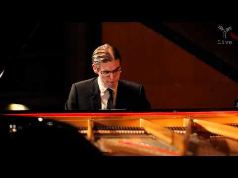 Tristan Pfaff, piano - Franz Liszt, La Danza (live)